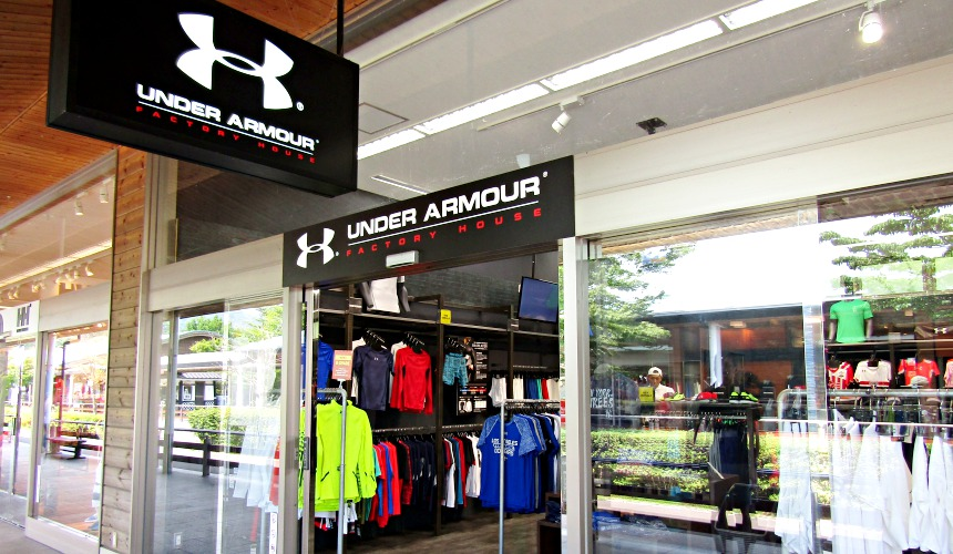 輕井澤outlet UNDER ARMOUR FACTORY