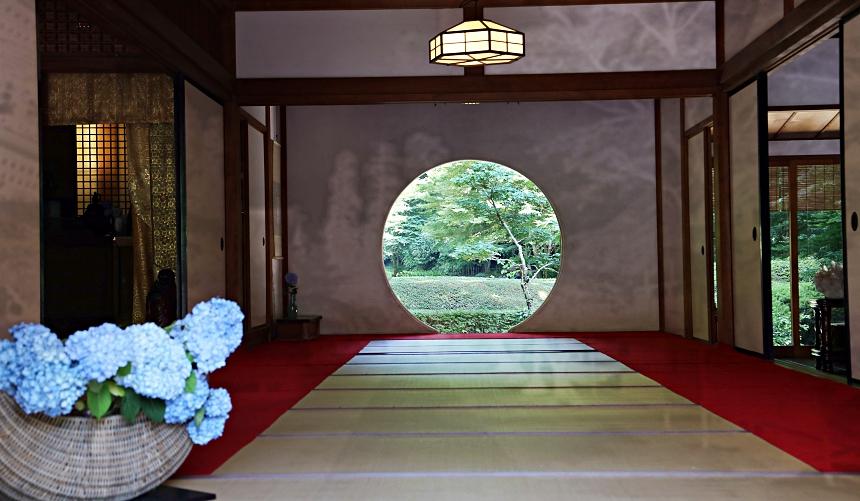 北鎌倉明月院窗戶