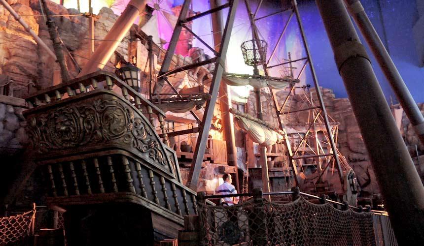 東京水族館樂園「Maxell Aqua Park 品川」的海賊船
