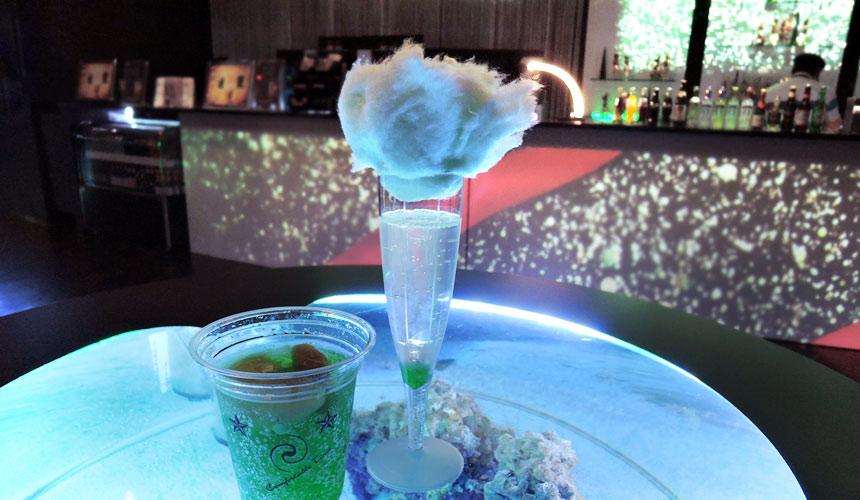 東京水族館樂園「Maxell Aqua Park 品川」的珊瑚咖啡吧
