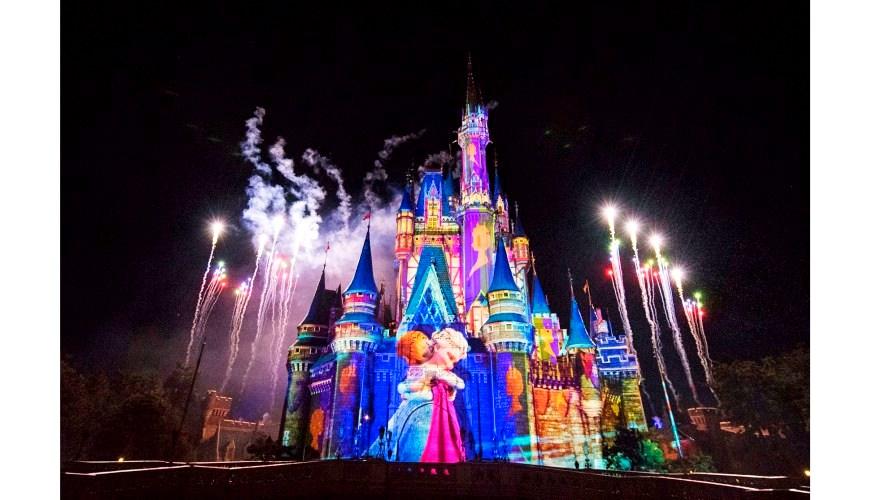 2018東京迪士尼樂園特別活動「安娜與艾莎的冰雪夢幻」