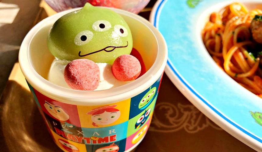 2018東京迪士尼海洋特別活動「皮克斯遊戲時間」期間「餅乾媽媽西點」販售的甜點(クリーミーカスタード&リトルグリーンまん)