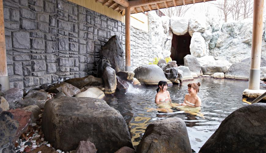 日本輕井澤「HOTEL GREEN PLAZA 輕井澤」有來自淺間山的天然礦物溫泉