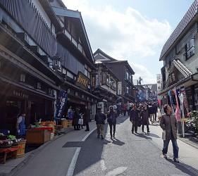 成田山新勝寺表參道的街景