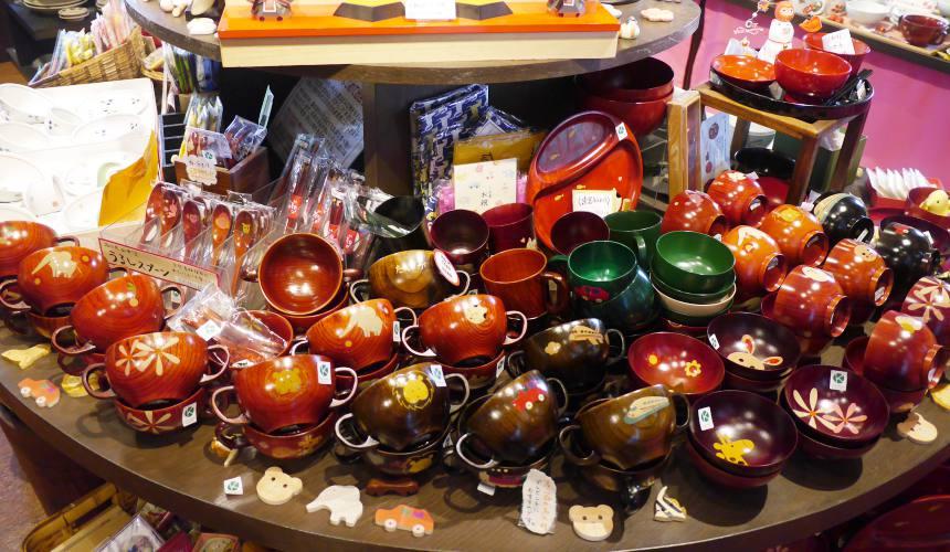 東京筷子專賣店「銀座夏野」的「小夏」精緻兒童食器