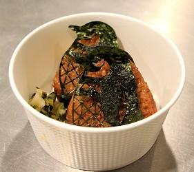企鵝海苔造型的飯糰