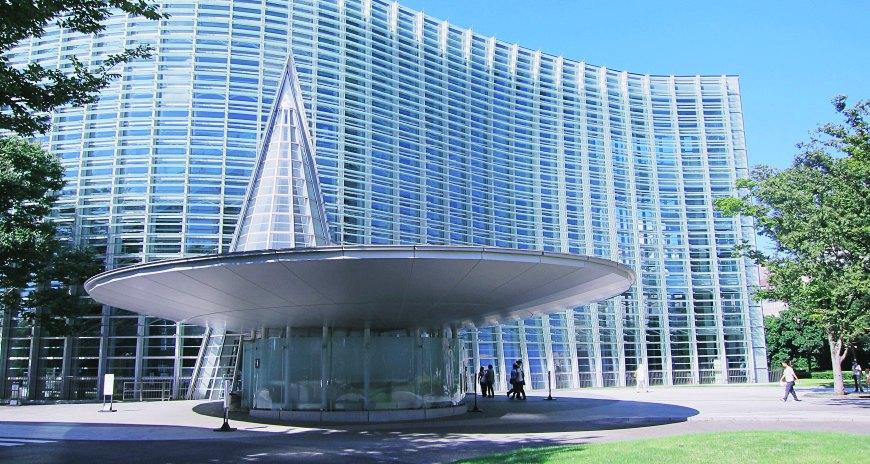 東京自由行自助旅遊行程推薦景點安排深度散步參觀美術館新國立美術館六本木