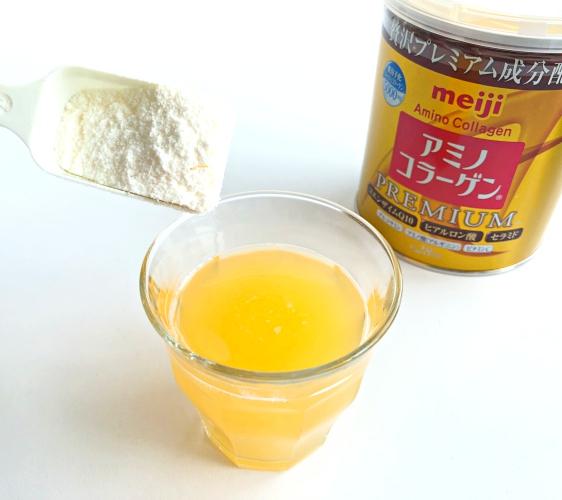 日本藥妝店必買No.1!明治金色版「膠原蛋白粉PREMIUM」加入柳橙汁試喝