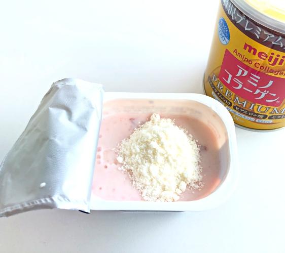 日本藥妝店必買No.1!明治金色版「膠原蛋白粉PREMIUM」加入優格試吃