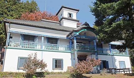 明治初期擬洋風建築的小學