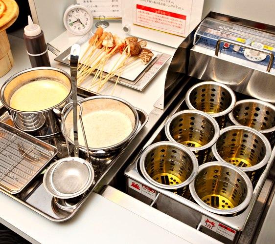 1,512日圓起的吃到飽燒肉店「Stamina太郎NEXT」炸串燒(串揚げ)自己動手做