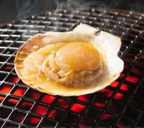 1,512日圓起的吃到飽燒肉店「Stamina太郎NEXT」帆立貝一份兩隻