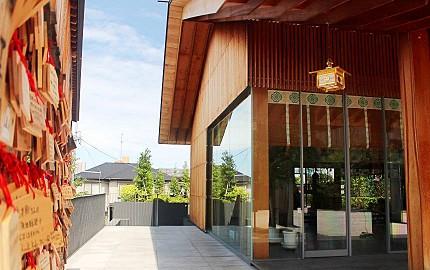 日本自由行東京神樂坂必訪景點赤城神社由隈研吾設計
