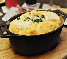 カマンベールチーズのスフレオムレツ