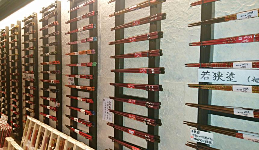 東京筷子專賣店「銀座夏野」來自各大漆器產地的筷子