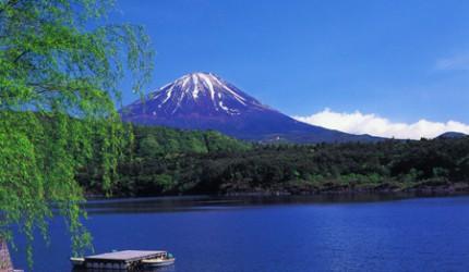 日本富士山附近的西湖可以看到的富士山景
