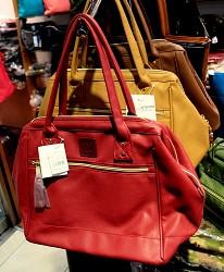 東京銀座買包推薦人氣行李箱、包包專賣店「Ginza Karen」的各種手提包