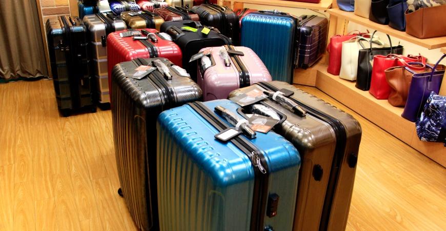 東京銀座買包推薦人氣行李箱、包包專賣店「Ginza Karen」的行李箱