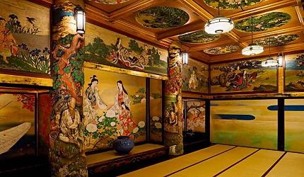 百段階梯的「漁樵の間」,金箔與彩繪頗有桃山建築的風格
