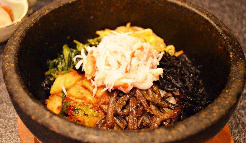 日本和牛吃到飽東京人氣燒肉名店「六歌仙」石鍋拌飯