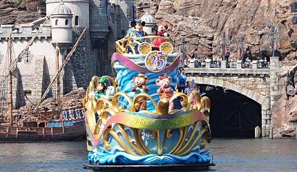 東京迪士尼海洋水上迎賓表演