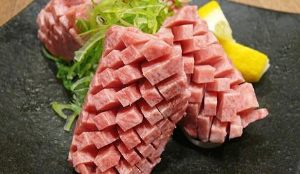 北海道札幌車站北海道和牛與海鮮推薦「YAKINIKU BAR TAMURA」的豪快厚切牛舌(豪快!!厚切りタントロ)