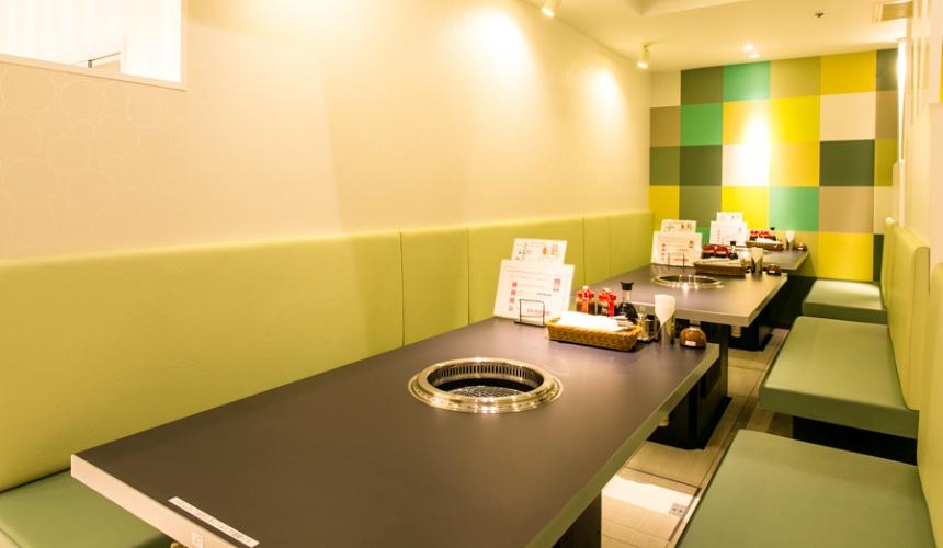 1,512日圓起的吃到飽燒肉店「Stamina太郎NEXT」上野阿美橫丁店店內照