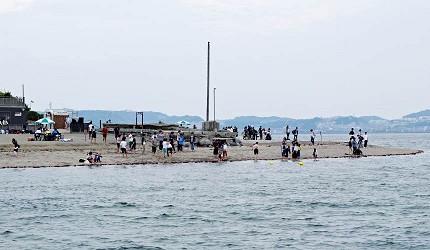 「猿島」可戲水、烤肉和海釣