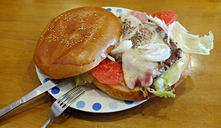 道地的「橫須賀海軍漢堡」