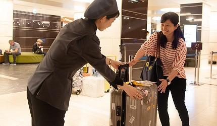 行李與飯店服務人員