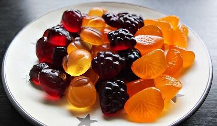 有4種口味,並做成水果的原型