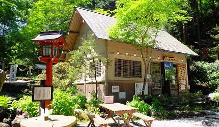 喫茶店「AZUMAYA」部分菜單使用二荒靈泉水製作而成的