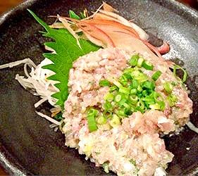 日本關東千葉縣特色美食料理生魚片丼飯魚泥丼