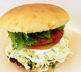 日本關東茨城縣當地美食料理特色美食小吃行方漢堡