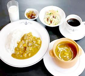 日本關東神奈川縣橫濱特色美食B級小吃橫須賀海軍咖哩