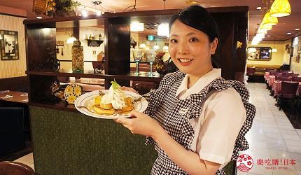 東京極品蛋包飯推薦「RAKERU」的店員