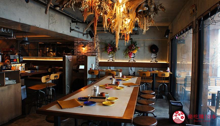 東京居酒屋推薦「charcoal grill & bar 我樂多家」西新宿店店內裝潢