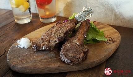 西新宿居酒屋「charcoal grill & bar 我樂多家」料理烤羊排