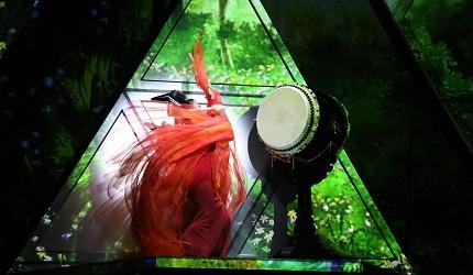 日本東京新宿和太鼓「萬華響」公演打鼓絢爛畫面