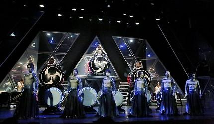 日本東京新宿和太鼓「萬華響」公演打鼓全員畫面
