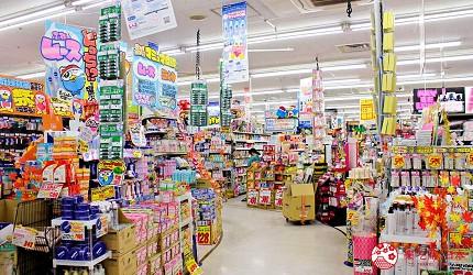 東京「BIG FUN平和島」的「唐吉訶德」店內一景,寬敞好逛