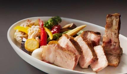 東京近郊景點輕井澤餐廳Pyrenees菜單壁爐烤信州飯田「千代幻豚」