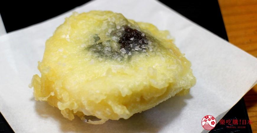 日光東照宮在地人氣美食推薦「日光SAKAEYA 炸湯波饅頭本舖」的炸湯波饅頭