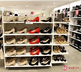 新宿推薦百貨公司「西武新宿PePe」的GU(ジーユー)的鞋子