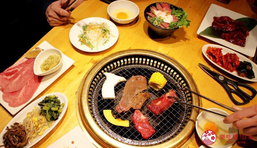 日本國產牛吃到飽推薦「燒肉風風亭」的燒肉用餐照片