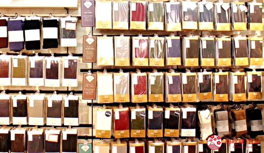 新宿推薦百貨公司「西武新宿PePe」的襪子專賣店「靴下屋」的褲襪