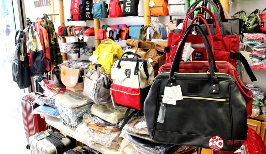 东京银座人气行李箱、包包专卖店「Ginza Karen」的店内包包商品种类多元