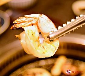日本和牛吃到饱东京人气烧肉名店「六歌仙」的各种海鲜虾子