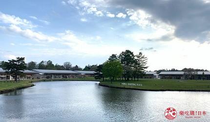 日本長野輕井澤一日遊「舊輕井澤銀座通」的OUTLET「輕井澤王子購物廣場」的園內一景