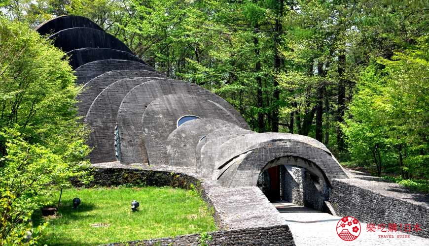 日本長野輕井澤一日遊必去人氣景點「石之教堂」
